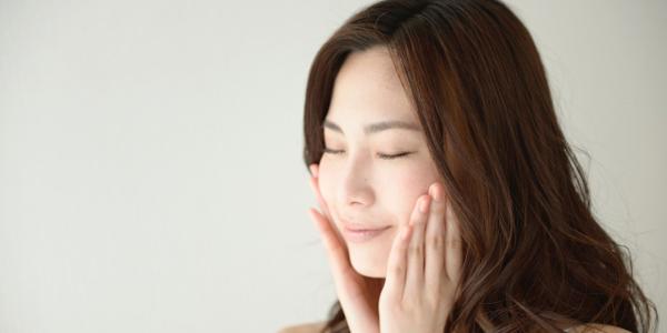 うるおいに満ちた透明感のある肌を取り戻す